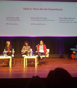 Laia Serra, Telma Vega i Norma Véliz a la taula de l'acte